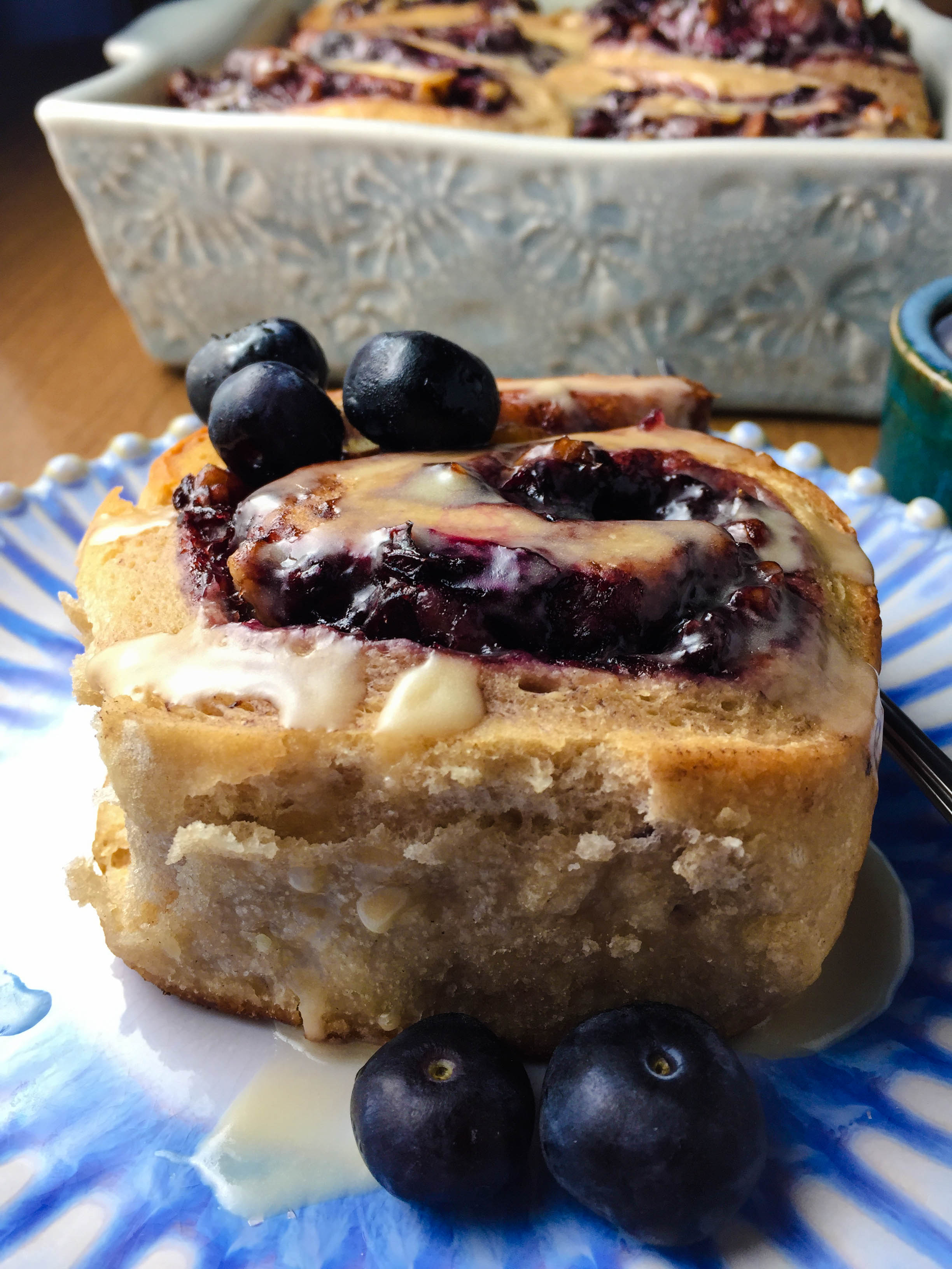 blueberry ginger cinnamon buns (31)